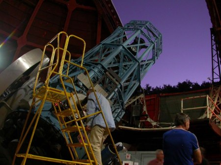 When the big scope is pointed straight up you can sit in a chair to observe, but most of the time we were up and down the ladder to reach the eyepiece.