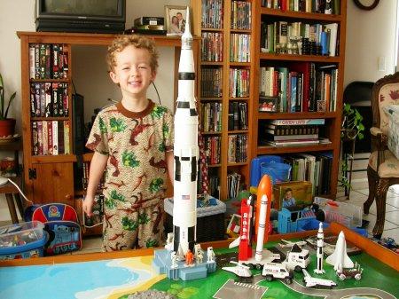 London's moon rocket 01