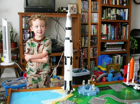 London's moon rocket 02