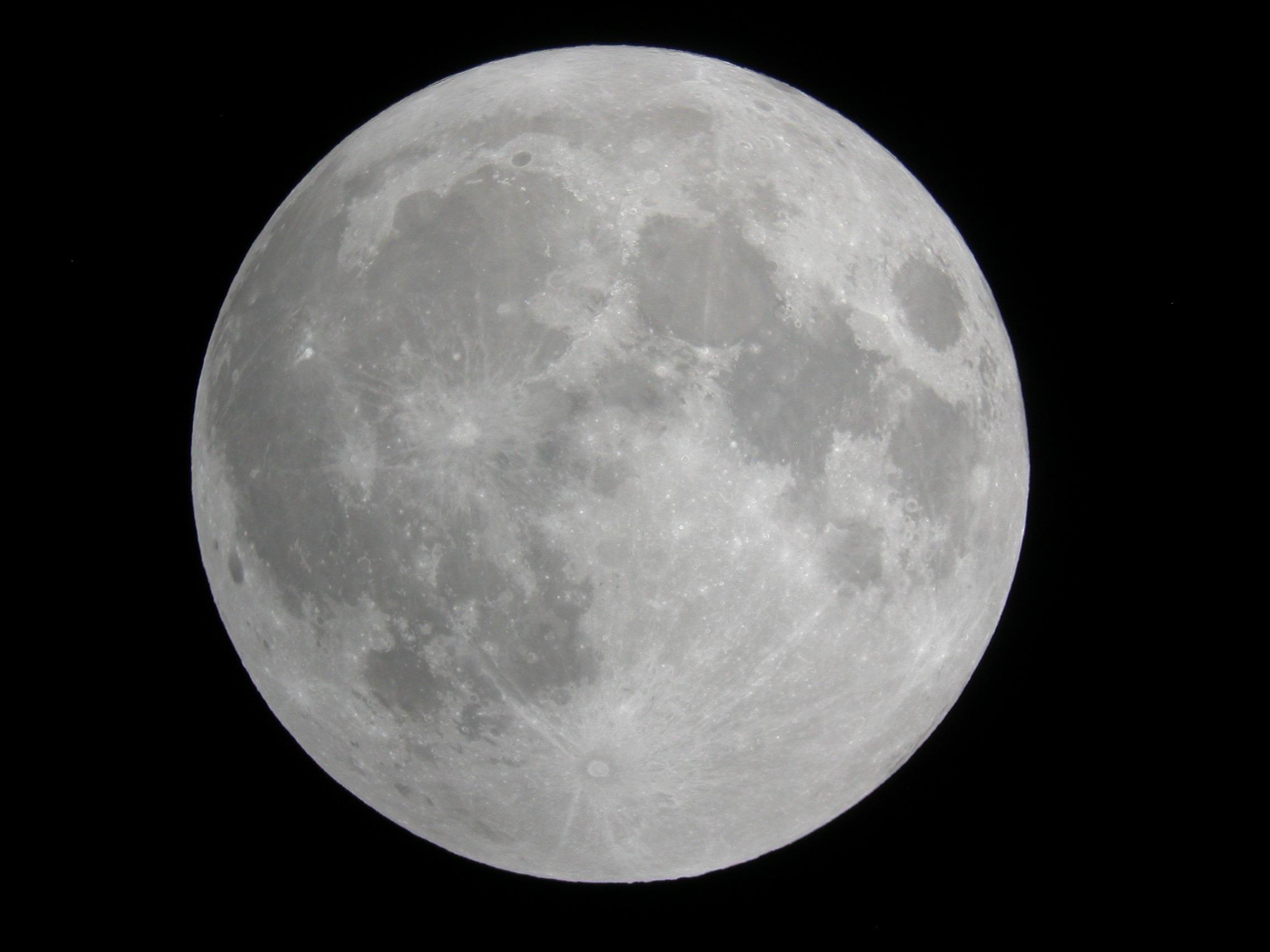 full moon  2010