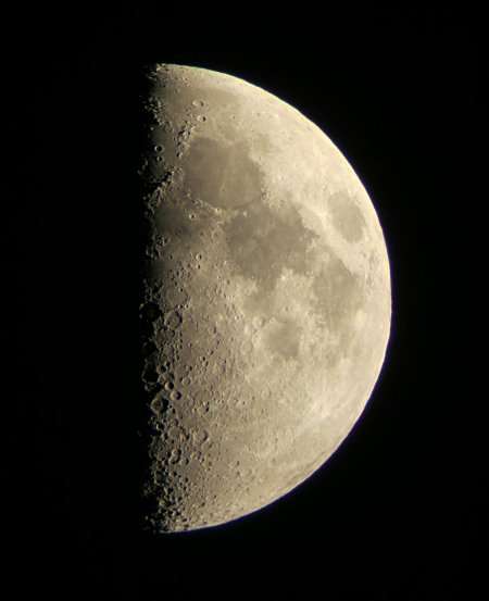 C102 1st quarter moon 2013-10-11