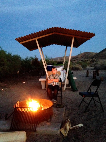 Afton Canyon April 2015 3 - waiting for dinner