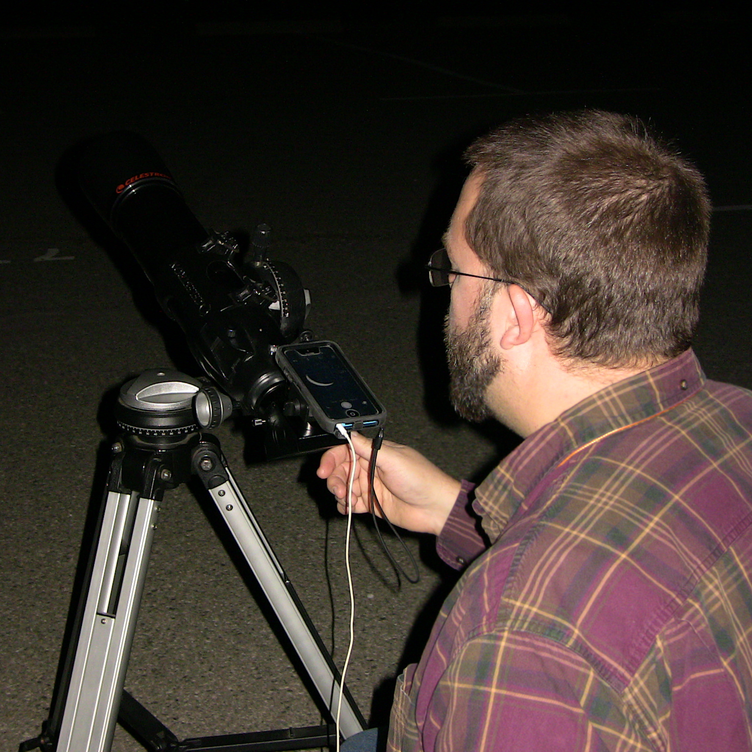 Matt digiscoping moon