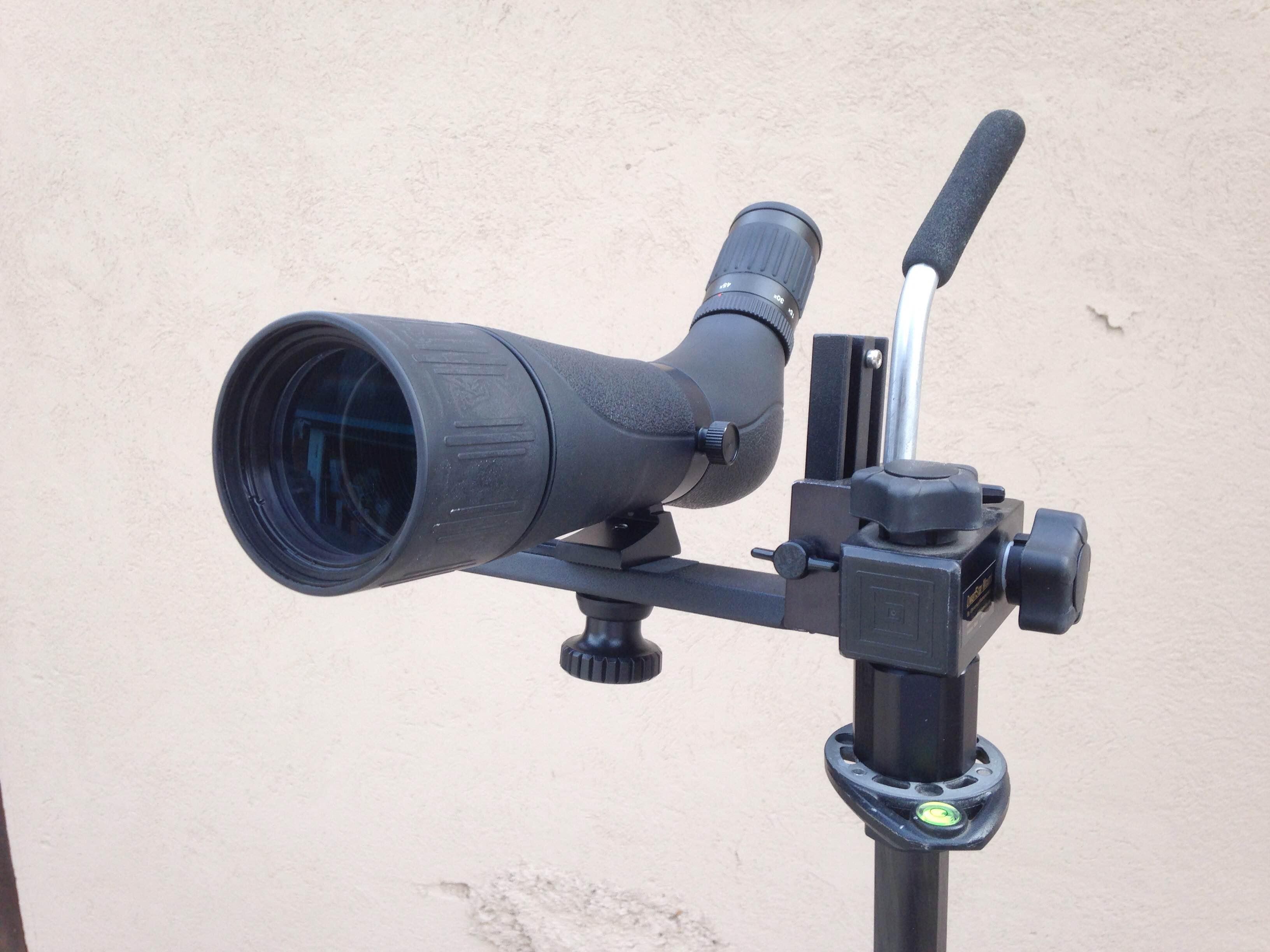 Bresser Spektar 15-45x60 4 - on L-bar