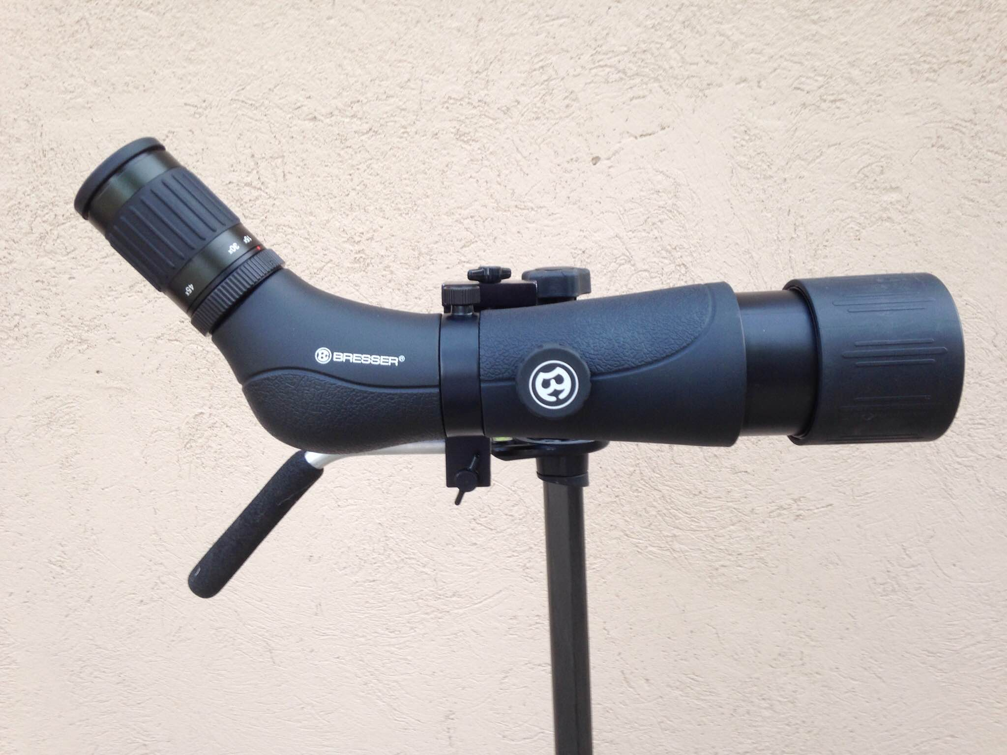 Bresser Spektar 15-45x60 6 - side view