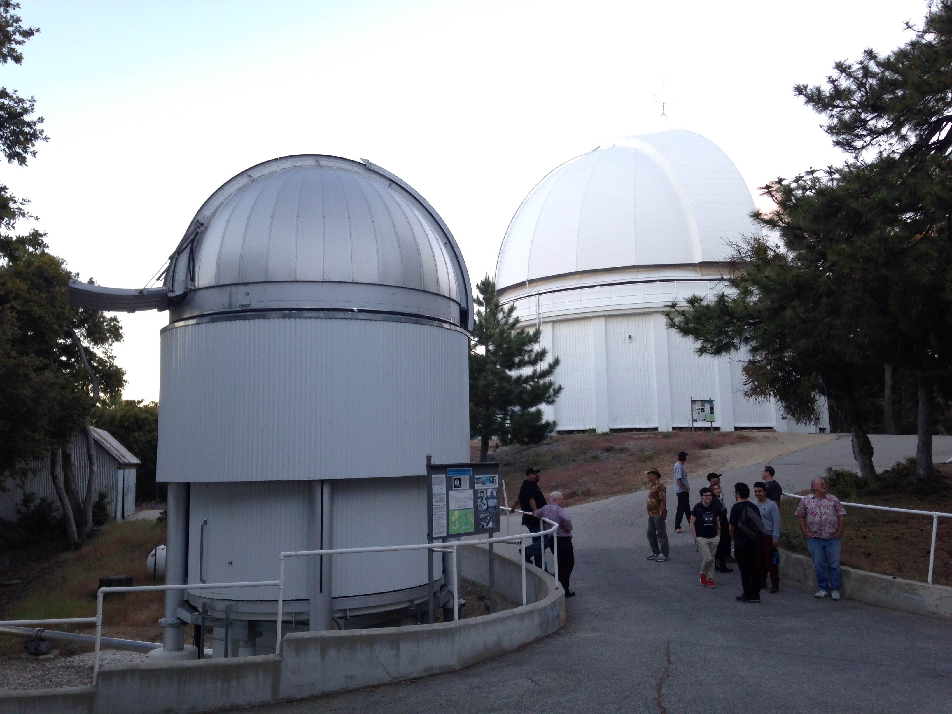 Mt Wilson 8 - CHARA array and 60-inch domes